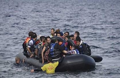 بينهم طفلان.. فقدان 16 مهاجرا مغربيا قبالة سواحل الناظور