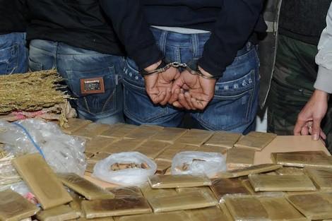 من كولومبيا إلى بوجدور.. مستجدات مثيرة حول تفكيك عصابة دولية لتهريب الكوكايين