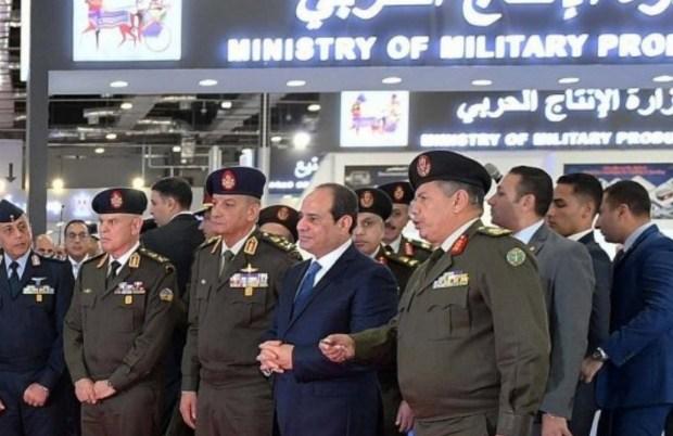 خوفا من انتقال عدوى الاحتجاجات..مصر تمنع بيع السترات الصفراء