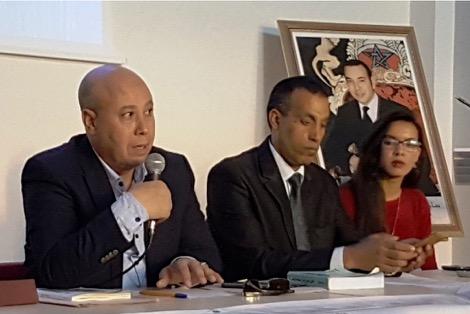 """المحامي خشيع لـ""""كيفاش"""": أغنية """"فبلادي ظلموني"""" حرية تعبير ولست محامي الدولة لأطالب باعتقال جمهور الرجاء!"""