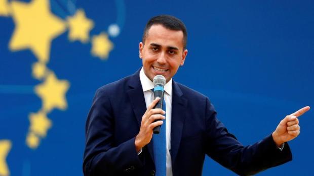 شعلات بيناتهم.. نائب رئيس الوزراء الإيطالي يتهم فرنسا بأنها أفقرت إفريقيا!