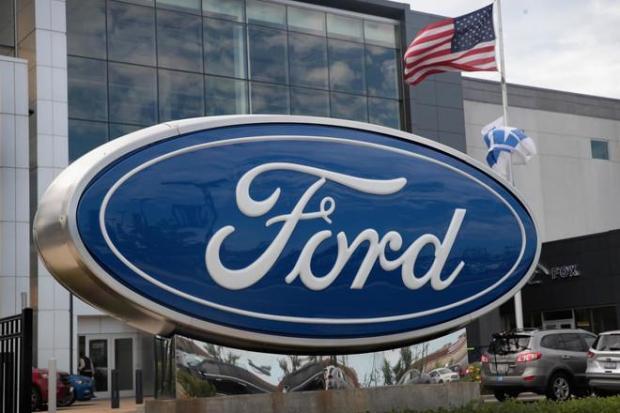 فيها مشكل فليرباك.. فورد تستدعي مليون سيارة عبر العالم