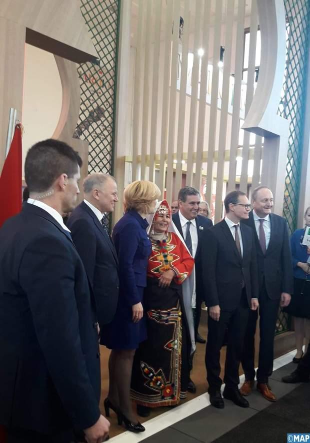 """برلين.. أخنوش يفتتح الجناح المغربي في معرض """"الأسبوع الأخضر"""" الدولي"""
