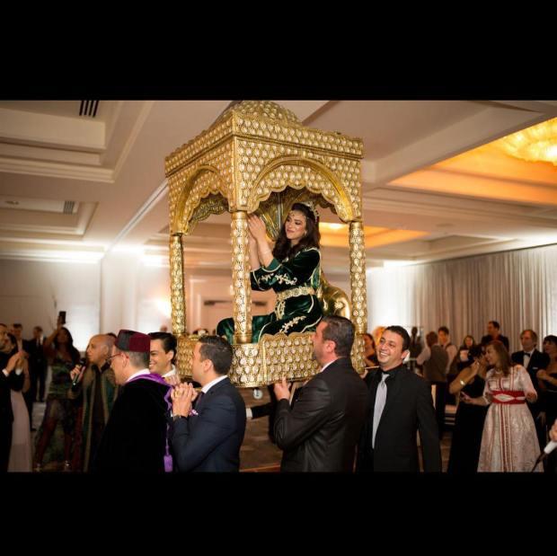 بالصور والفيديو من أمريكا.. الصويري يغني في عرس مغربي