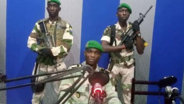 الحكومة الغابونية: الوضع تحت السيطرة… تم القبض على الضباط المتمردين