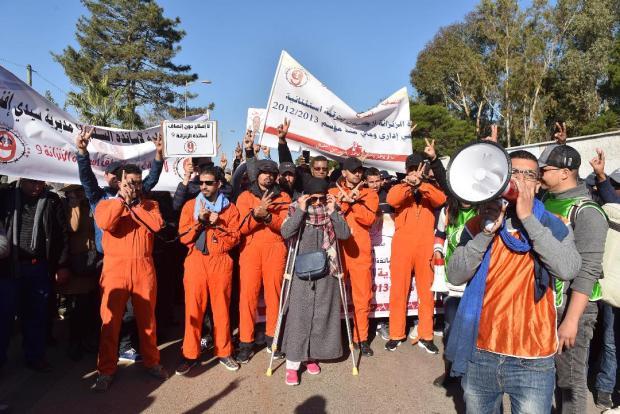 """الحكومة تؤكد على الحوار.. إضراب الأساتذة """"أوقف"""" الدراسة؟ (صور)"""