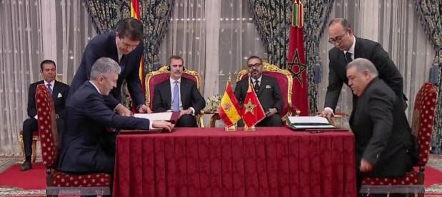 في حضرة الملك محمد السادس والعاهل الإسباني.. التوقيع على اتفاقيات مهمة