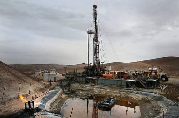 البترول بالعرارم.. شركة بريطانية تتوقع اكتشاف أزيد من 15مليون متر مكعب من الغاز الطبيعي في تندرارة