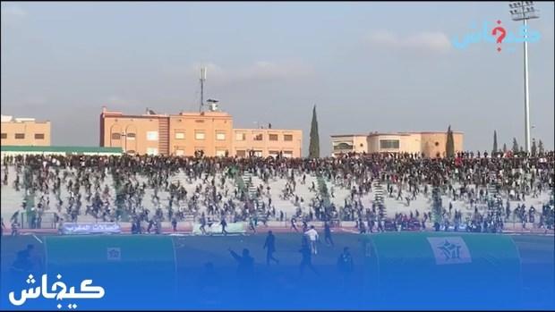 حرب افتراضية/ شعارات/ اقتحام للملعب.. القصة الكاملة لشغب ديربي الشرق