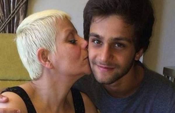 قتل والدته أمام أبنائها.. شاب لبناني يطالب بإعدام والده!