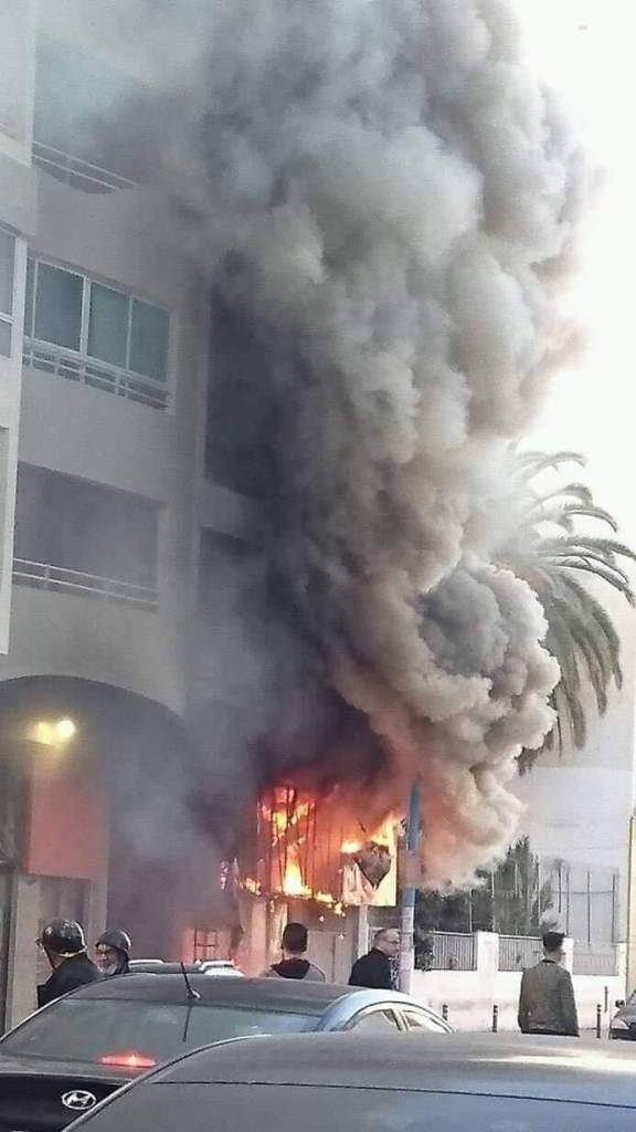 """بالصور والفيديو من كازا.. حريق في """"أسيما"""" شارع 2 مارس"""