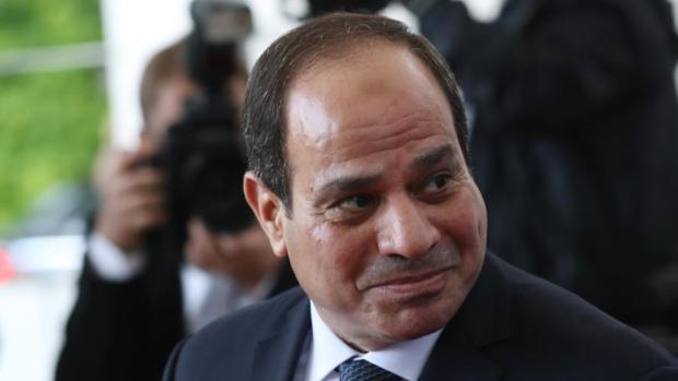 مصر.. برلمانيون يطلبون رسميا تعديلا دستوريا لتمديد حكم السيسي!