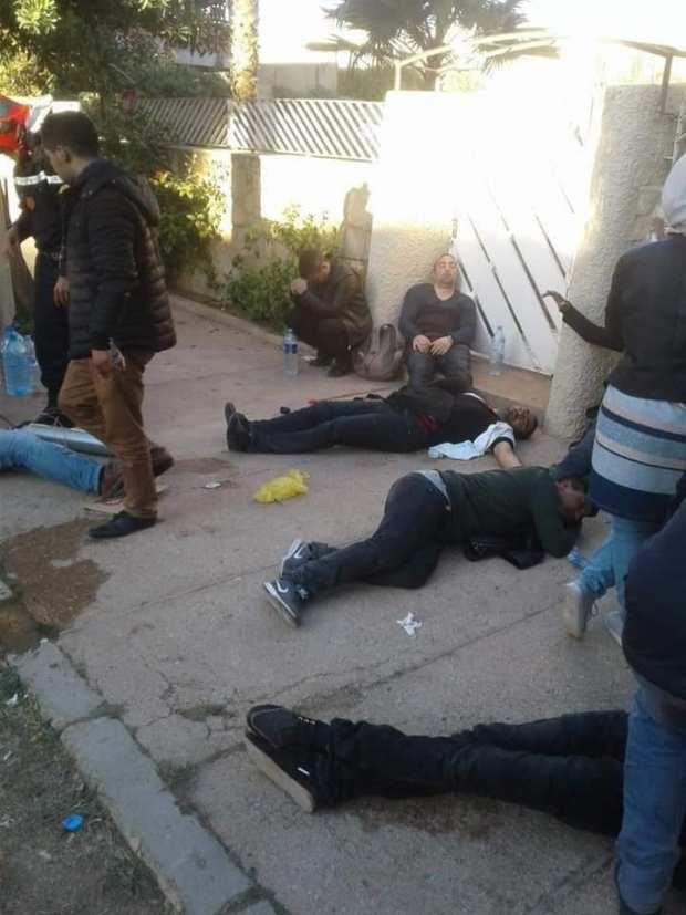 """فض اعتصامات الأساتذة المتعاقدين بـ""""العنف"""".. البيجيدي يستدعي لفتيت والرميد وأمزازي إلى البرلمان"""