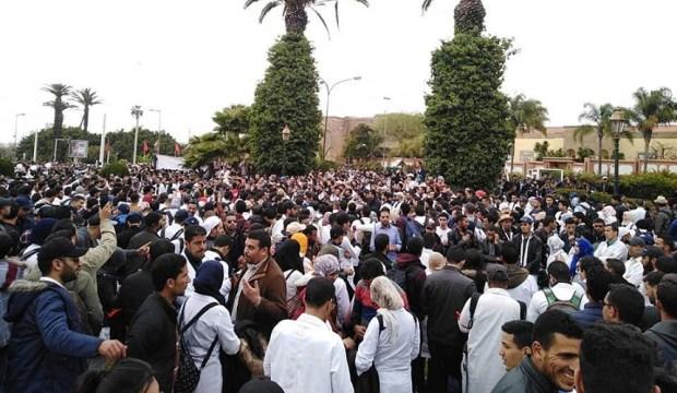في انتظار بيان المجلس الوطني لتنسيقية الأساتذة المتعاقدين.. أنباء عن قبول الحوار مع الوزارة وتمديد الإضراب