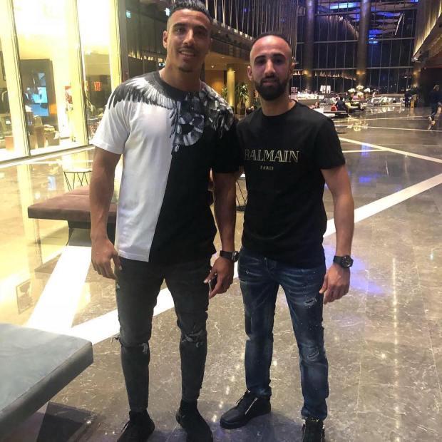 اللي ما لعب يتنزه.. درار يسافر إلى دبي بعد غيابه عن المنتخب (صور)