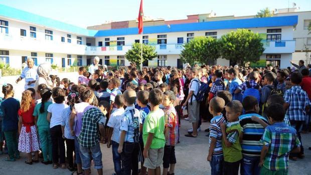 التلاميذ الذين فرض عليهم التغيب.. أولياء التلاميذ كاعيين من كثرة الإضرابات!