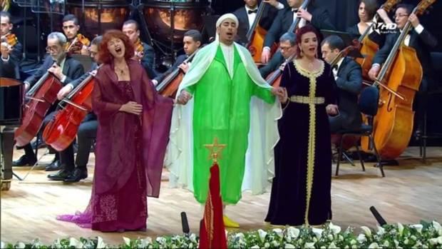 """أبو حفص يرد على منتقدي أداء """"الأذان"""" بالموسيقى أمام الملك والبابا: أعداء فن لا يتسامحون مع غيرهم"""