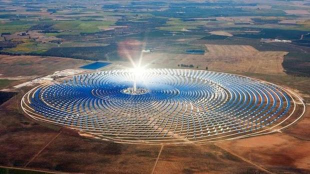 استثمر حوالي 360 مليار درهم.. المغرب يطمح إلى أن يصبح منصة صناعية في مجال الطاقة