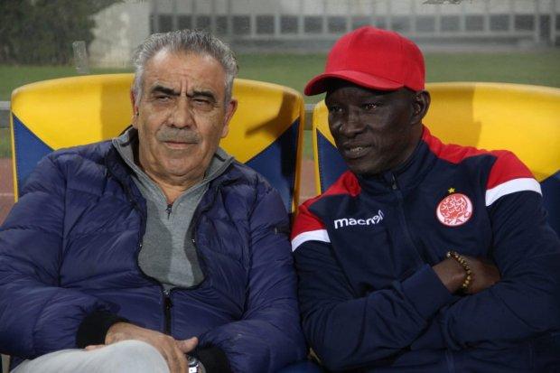البنزرتي: الوداد والرجاء قدما مباراة في المستوى وشرفا الكرة المغربية