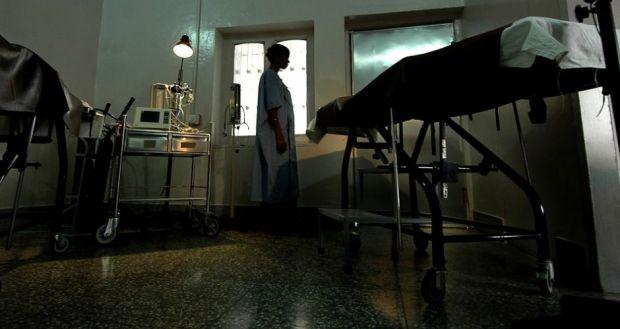 استعملوا دواء ممنوعا في المغرب.. متابعة طبيبين وطالب في كلية الطب وربان طائرة بتهمة الإجهاض السري