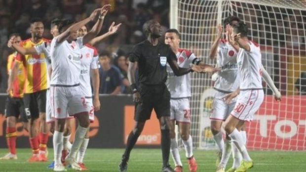 خبير دولي في التحكيم: قرار إعادة مباراة الوداد والترجي إيجابي ومنصف ويعيد الثقة في الكرة الإفريقية
