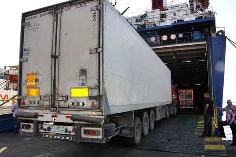 ميناء طنجة المتوسط.. إرجاع حوالي 22 طنا من المشروبات المنكهة المستوردة من إسبانيا