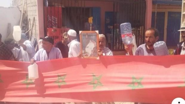 شيشاوة.. وقفة احتجاجية للمطالبة بالماء الصالح للشرب