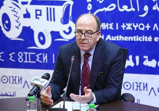 قال إنها أخبار زائفة وادعاءات كاذبة.. بن شماس يدافع عن عزيزة الشكاف ويلمح باللجوء إلى القضاء