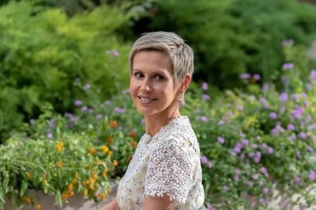 بعد عام من العلاج.. أسماء الأسد تعلن شفاءها من السرطان