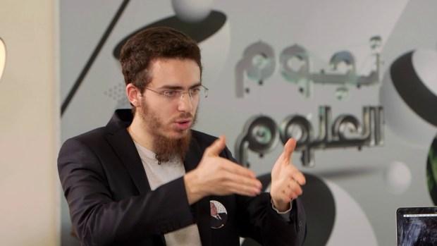 """فاز بجائزة """"مخترع العرب"""".. الدكتور العزوزي جاب العز للمغرب"""