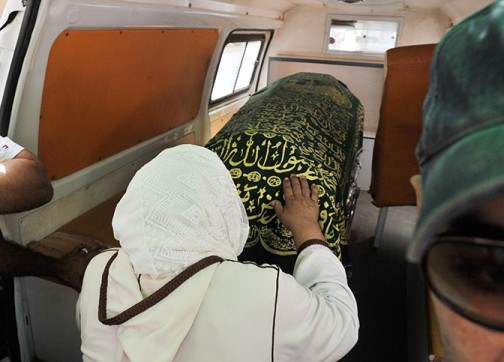 شهادة الدفن/ سيارة نقل الموتى/ خيمة الجنازة.. خدمة الجنائز بالمجان في مقاطعة حسان