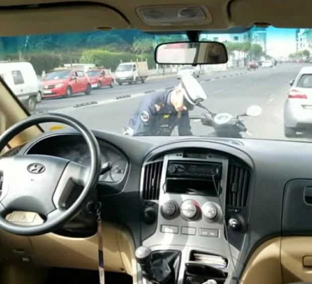 رابور أمريكي للشرطة الأمريكية: تعلموا من الشرطة المغربية كيفية التعامل مع السائقين