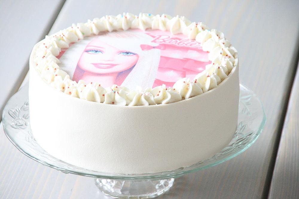 Opskrift på lækker lagkage med hindbær og hvid chokolademousse