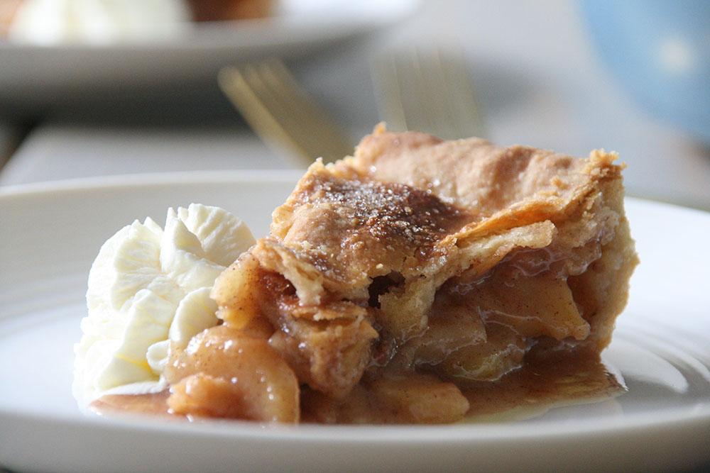 syndig amerikansk æbletærte - american apple pie opskrift