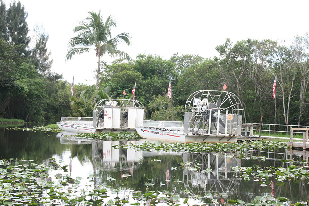 Everglades Safari Park - Airboats
