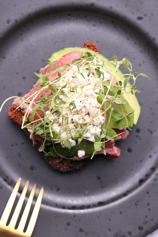 sund frokost - hjemmelavet smørrebrød - lækker froskot