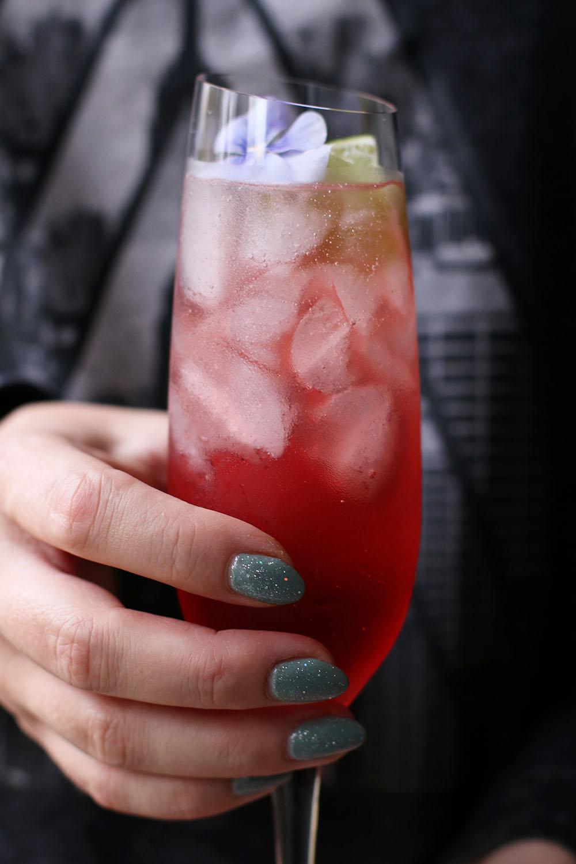 den bedste fredags cocktail. tranebær beertail