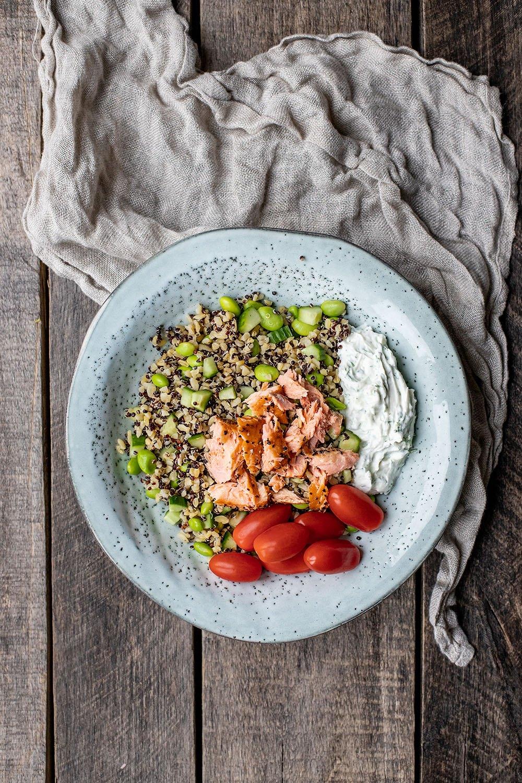 nem opskrift på quinoa og bulgur salat