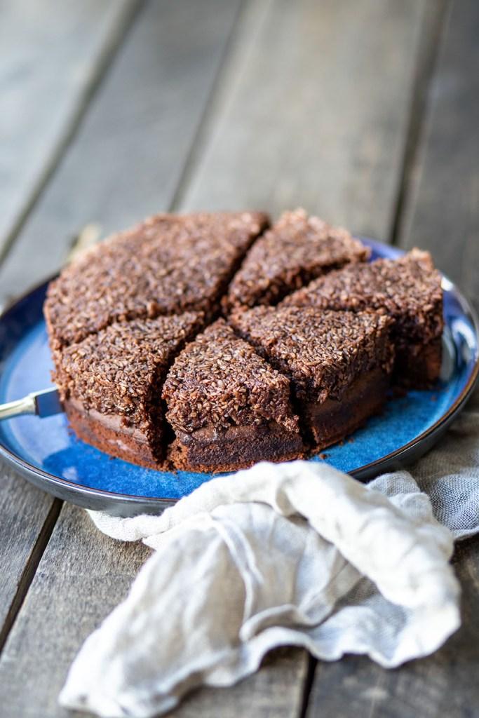 syndig og svampet opskrift på den du ved nok chokoladekage