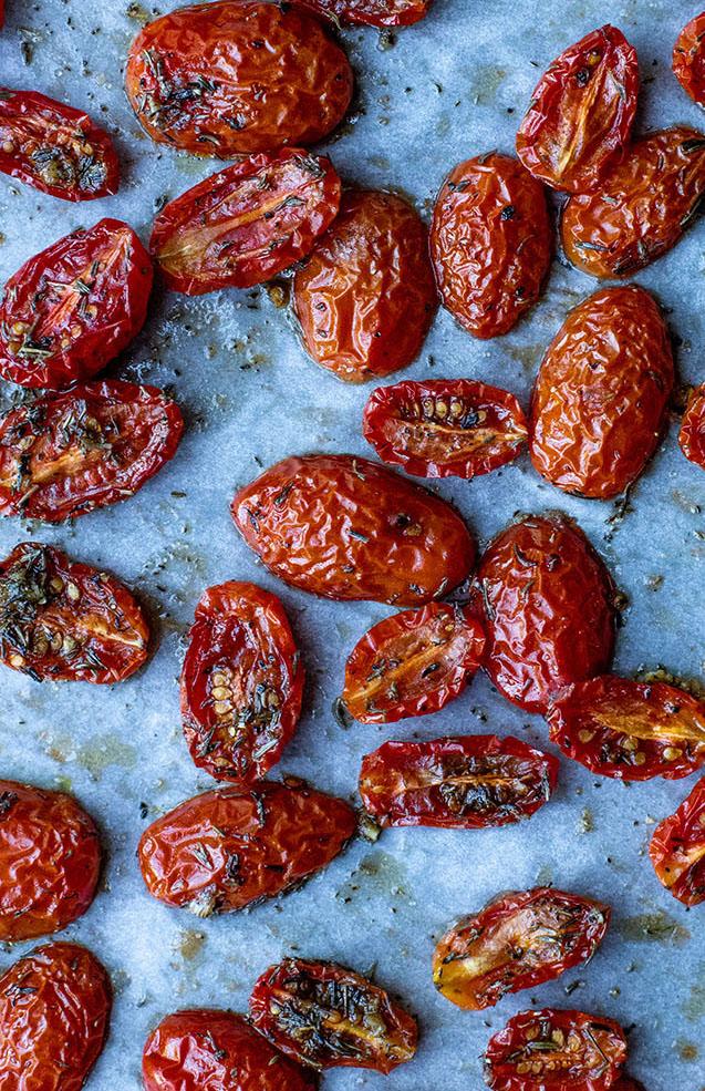 Ovenbagte cherrytomater