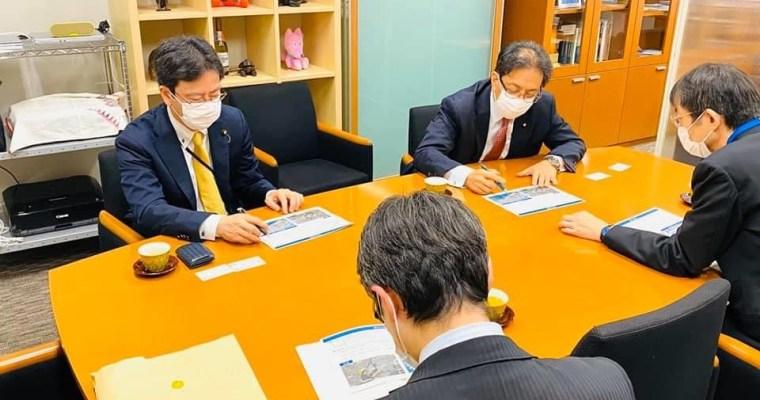 新型コロナウイルス対応を、内閣官房オリパラ事務局と東京都の選手村担当者から東京オリンピック選手村の準備状況を聞き取り、新型コロナウイルス対策本部会議、文部科学部会役員会