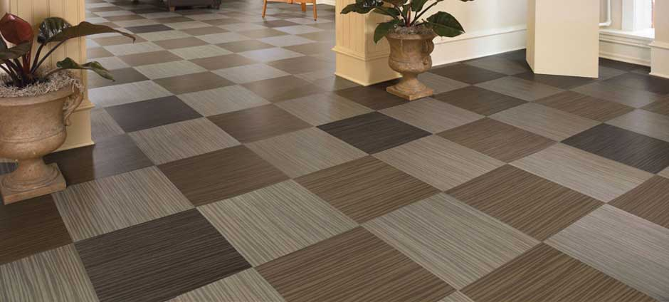 Deciding Between Luxury Vinyl and Laminate for Your Home
