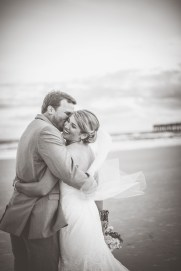 Kelsey&BlakeBride+Groom_KiKiCreates-015