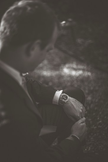 Cara+ChrisGroomPortraits_KiKiCreates-009
