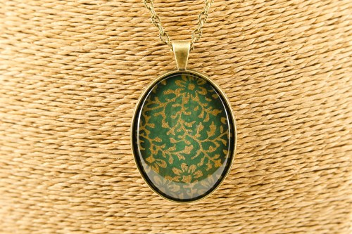 bronze-green-morris-pendant