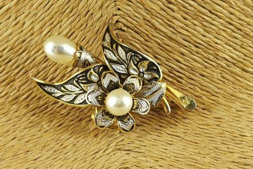 damascene-brooch