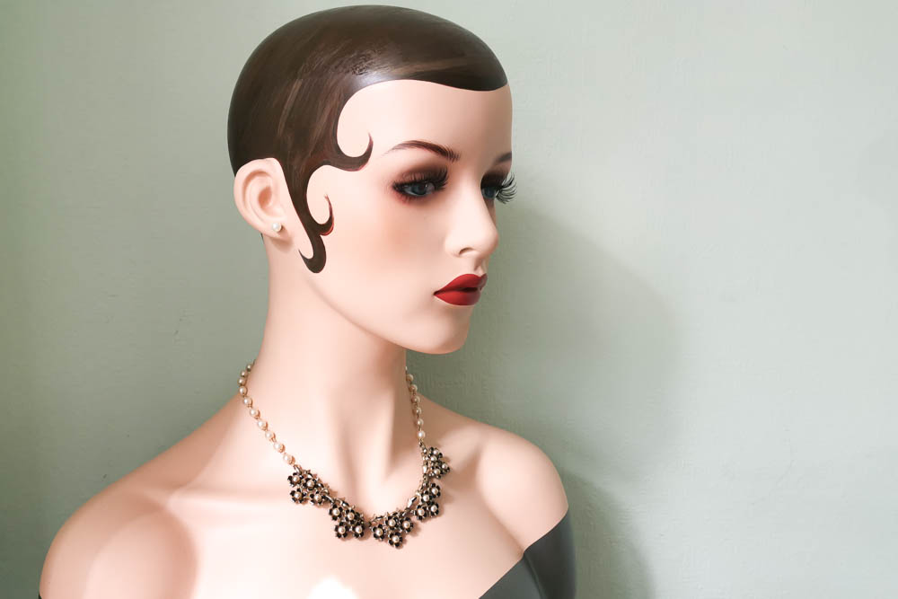 black-pearl-jewelcraft-necklace