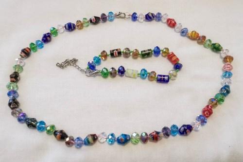 multicolored-glass-necklace