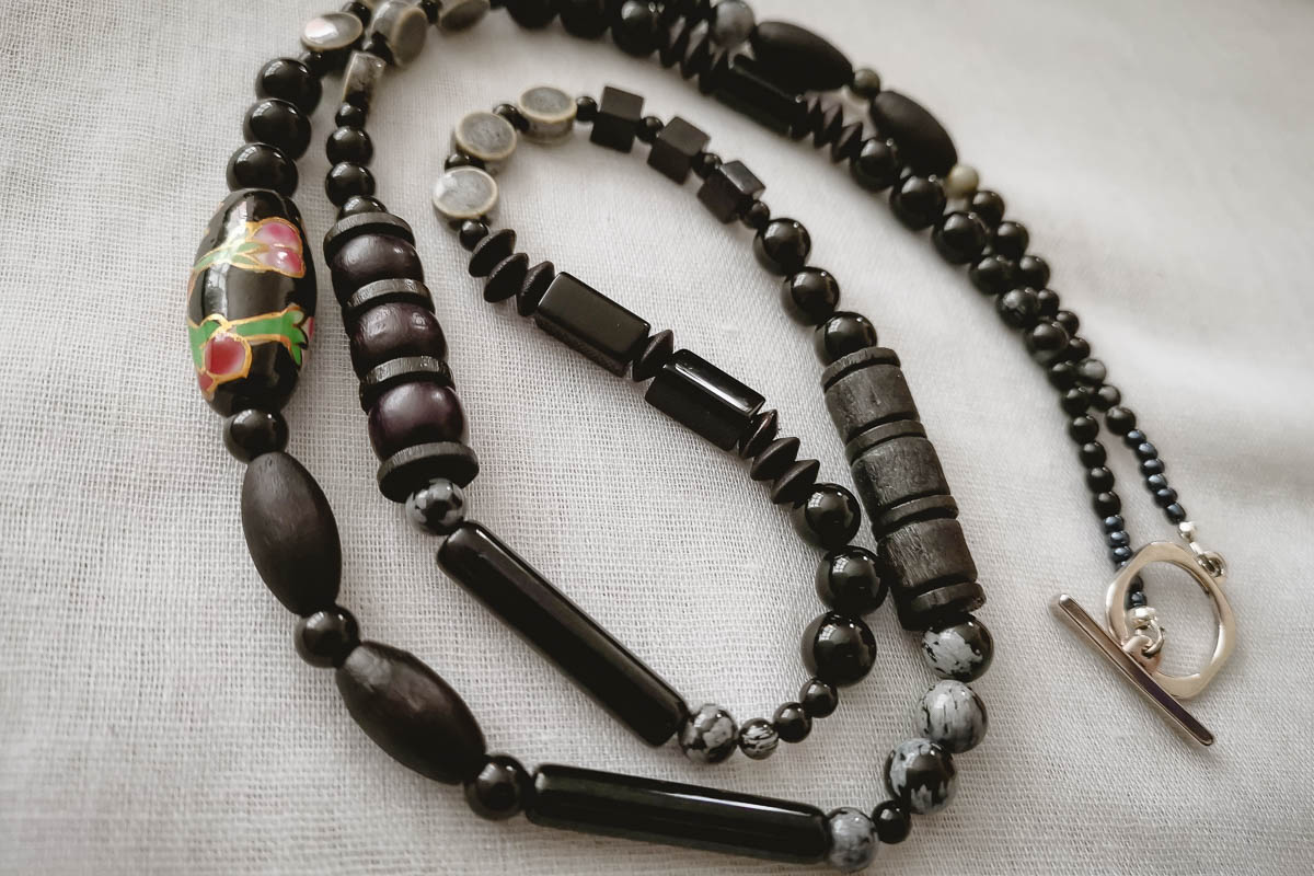 obsidian-necklace