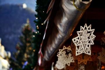 decorazioni in legno ai mercatini di natale di Bolzano